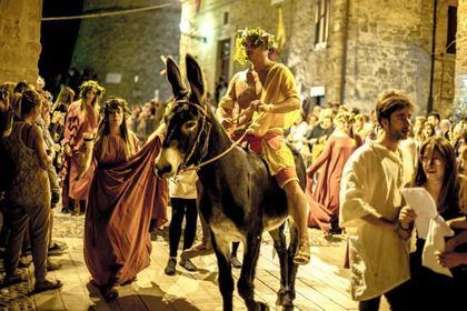 Agosto Settembre Gualdese tra Medioevo e Rinascimento