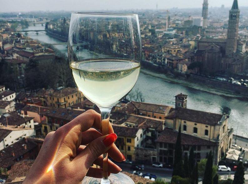 Fuori Salone Venerdi 15 Aprile : Vinitaly and the city il fuori salone di