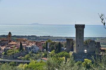 Particolare del Centro Storico con isola Gorgona sullo sfondo ©Studio fotografico Tommaso Malfanti